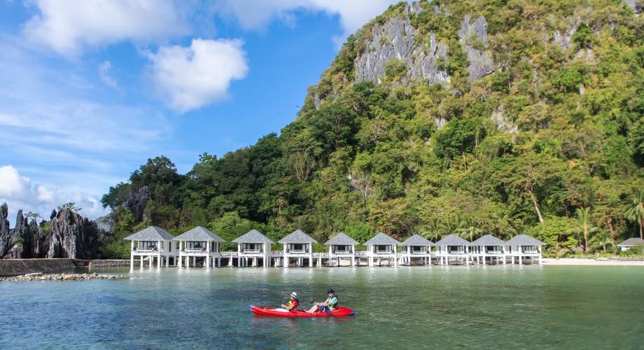 El Nido Lagen Island Overwater Bungalows